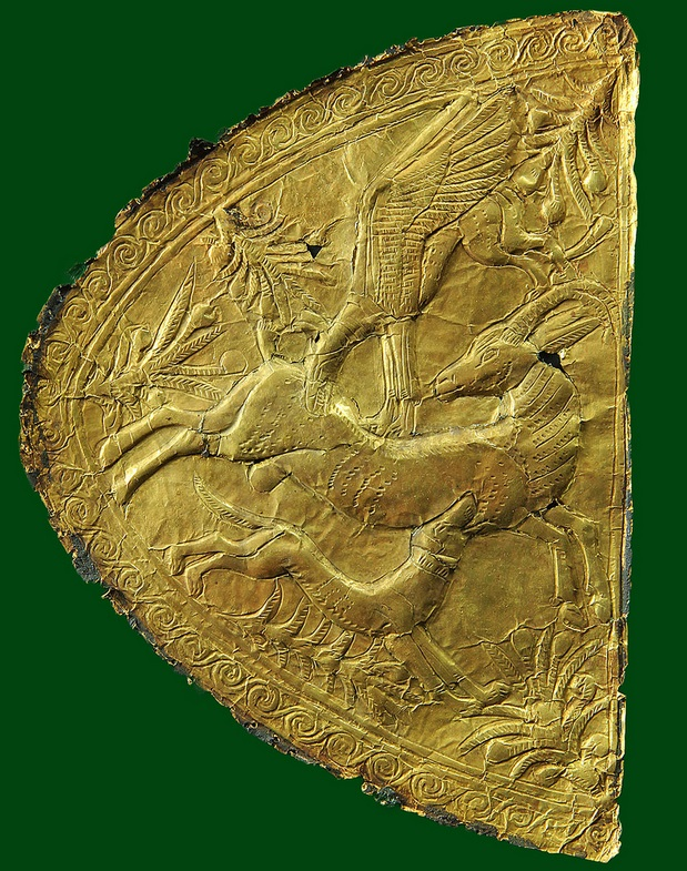 Gold leaf from the tomb of Tutankhamun restored